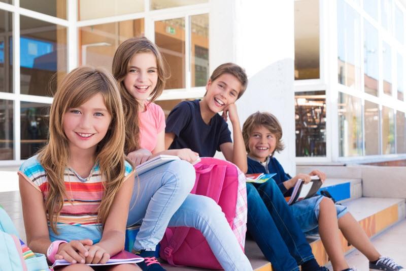 ילדי בית ספר לימודים