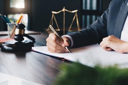 עורך דין הוצאת דיבה – הליווי אל הפיצוי