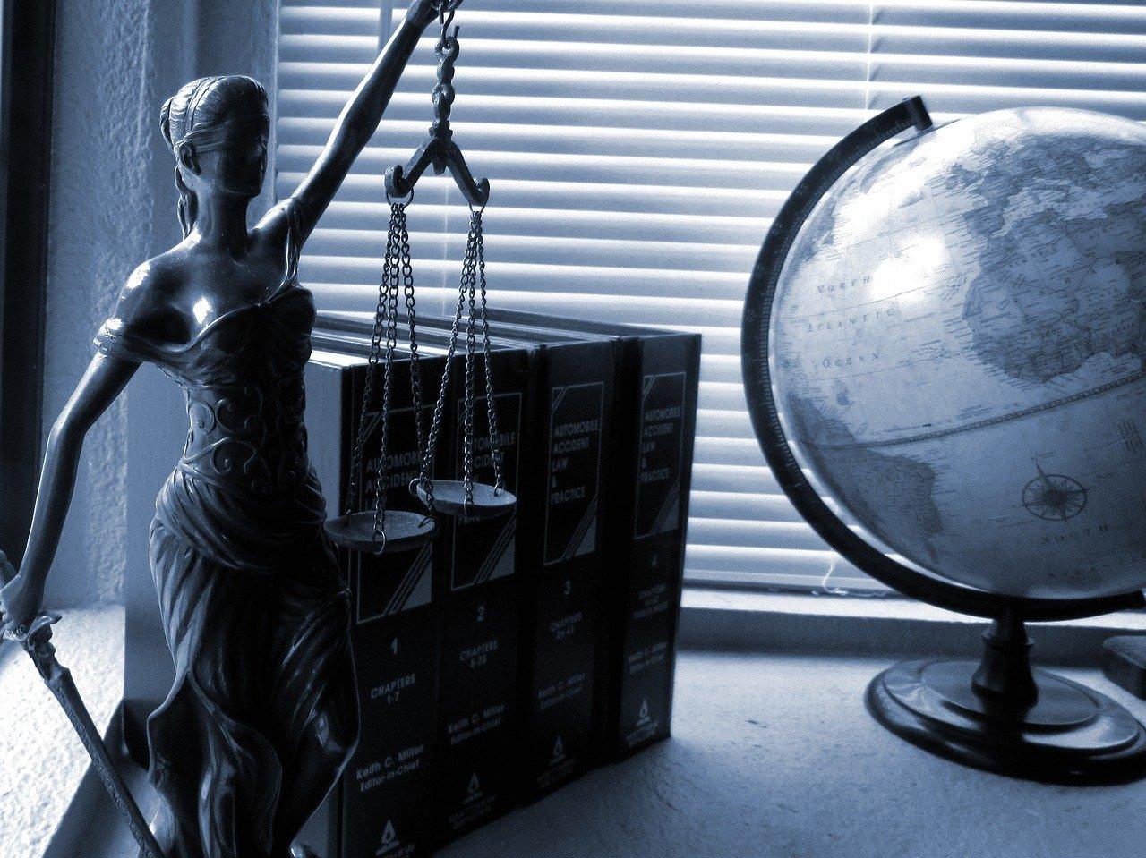 עורך דין מושבים